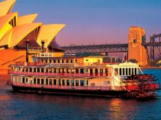 シドニー湾 ショーボートディナークルーズ - HIS特典ドリンク一杯つき