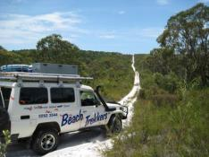 4WDノースストラドブローク島ビーチトレッカー