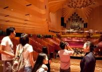 シドニーの世界遺産オペラハウス オプショナルツアー