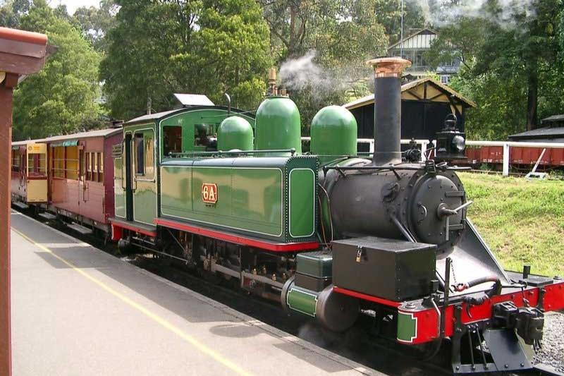 メルボルンのパッフィンビリー・蒸気機関車 オプショナルツアー